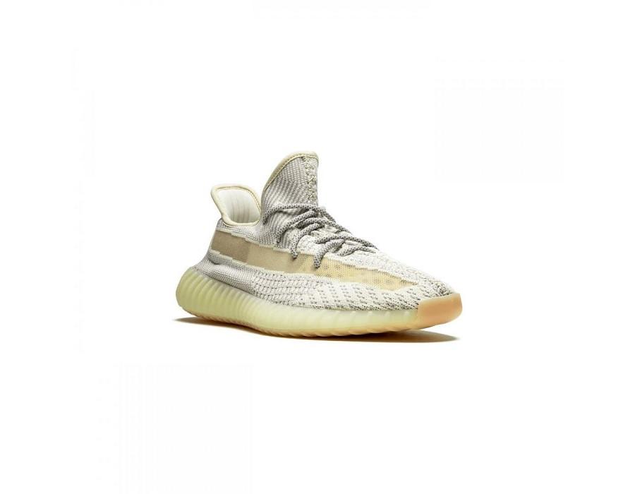 Мужские кроссовки Adidas Yeezy Boost 350 V2 Lundmark Reflective бежевые
