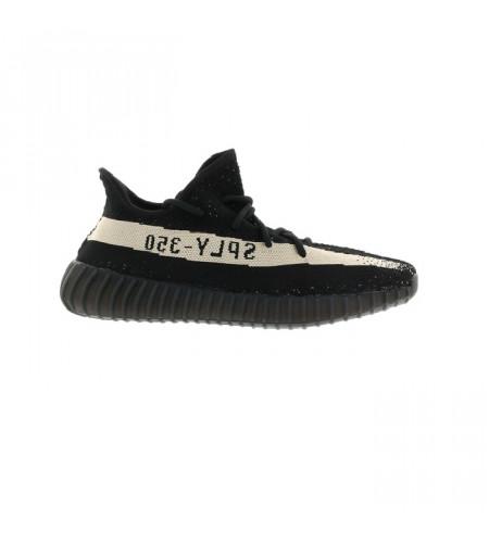 Женские кроссовки Adidas Yeezy Boost 350 V2 Core Black White черно-белые