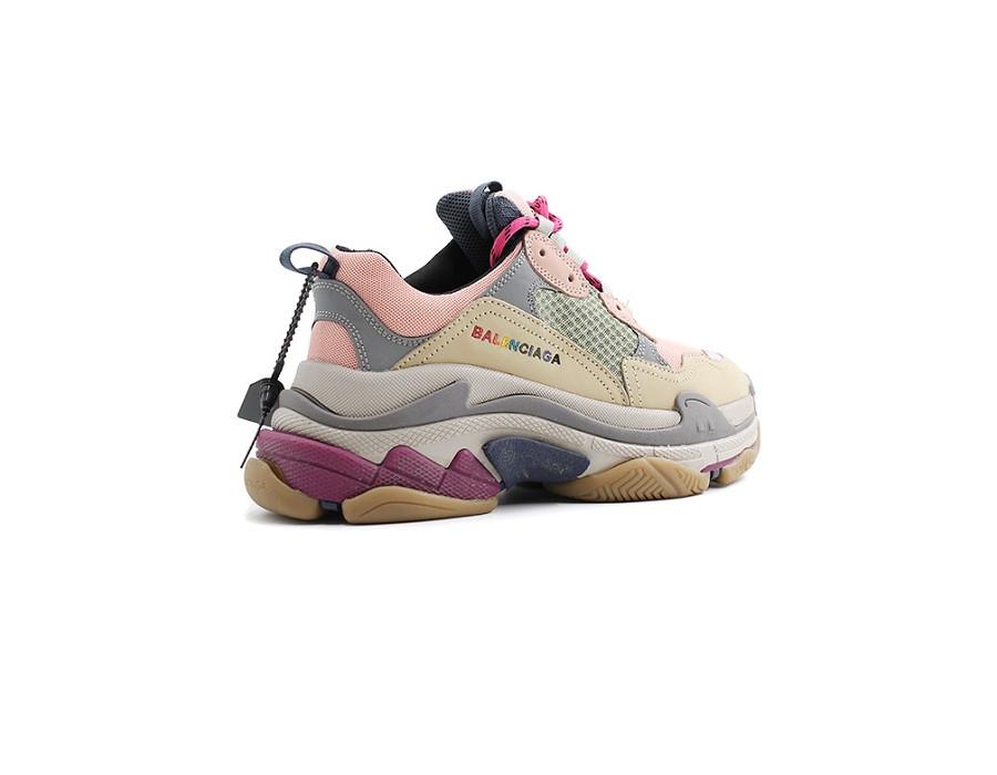 Женские кроссовки Balenciaga Triple S Песочно-розовые