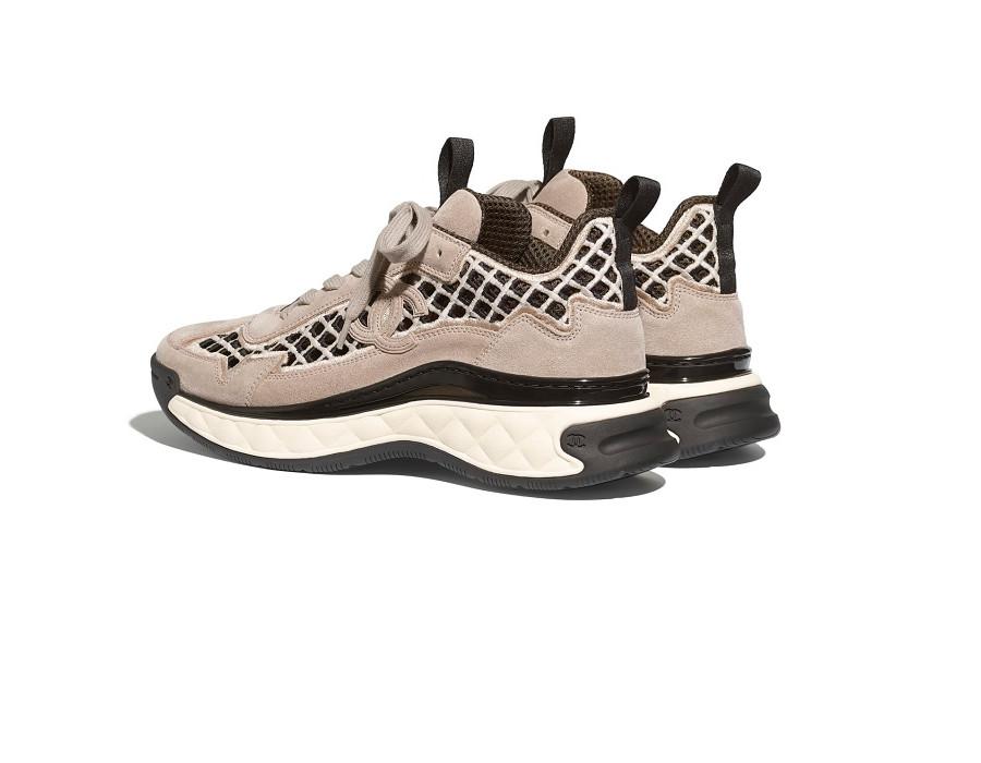 Женские кроссовки Chanel Suede Calfskin & Embroidery бежевые