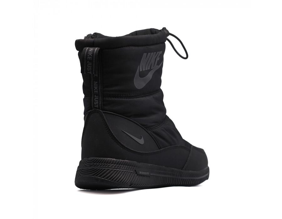 Дутики зимние Nike Total черные