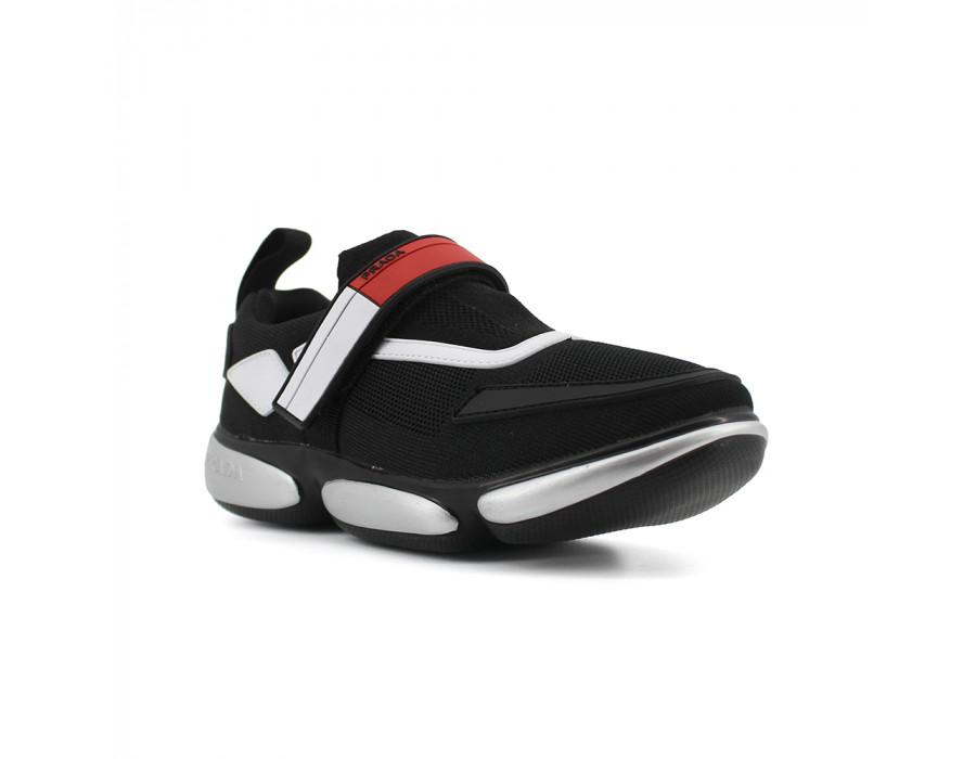 Женские кроссовки Прада черные