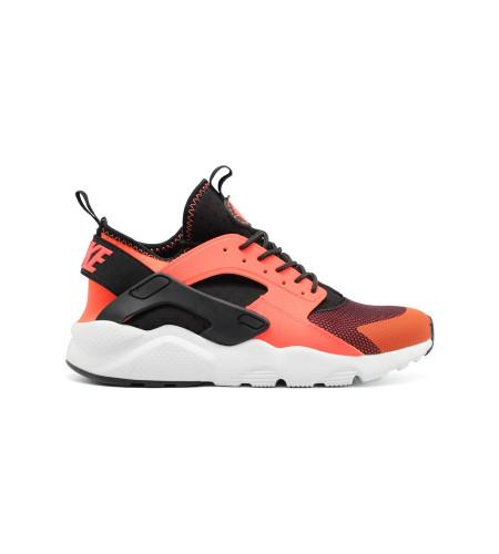 Купить Мужские кроссовки Nike Air Huarache Ultra Orange за 5190 рублей.