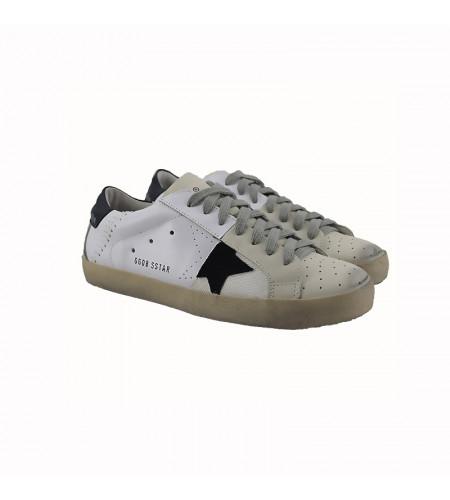 Женские кроссовки Голден Гус бело черные